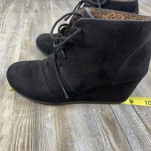 Cityclassified Shoes - Cityclassified Black Wedge Laceup Ankle Booties